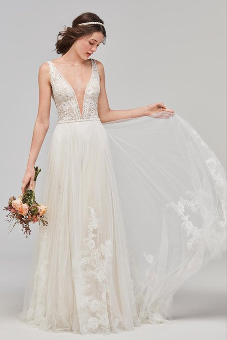 Wollowby Bridal Style - Philomena