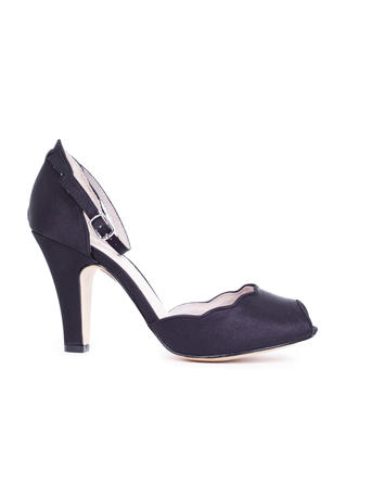 CHELSEA CREW  / Demfon International - Scalloped Satin Peep-Toe Pump Style LEAF